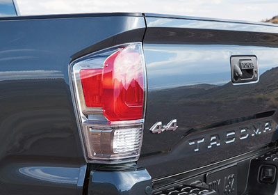 Grade-specific taillights